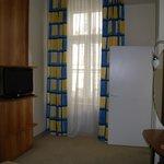 tv en habitación