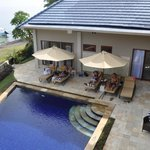 4 Bed Villa pool