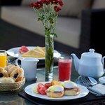 Breakfast in Tent Villa