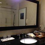 Room 801 / Bathroom