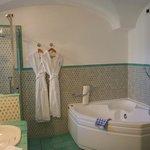 Chalet main bathroom