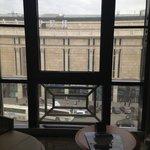 панорамное окно в номере
