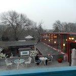 La terrasse et son restaurant ouvert de 7h à 22h