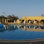 een van de zwembaden in het hotel