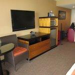 Flatscreen tv, spacious fridge and microwave