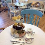 Lunches, Afternoon Tea, Homemade Cakes, Loose Leaf Teas & Freshly Ground Carraro Coffee
