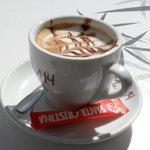 De versierde koffie .