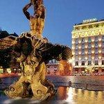 view of hotel in Bernini Square