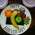 Fruit platter free for anniversary
