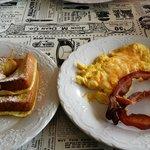 Bacon, eggs, french toast = HEAVEN
