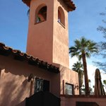 Casita - private entrance / patio / proximity to bell tower
