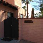 Casita - private entrance / patio
