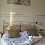 Bedroom, romantic and very shabby chic!