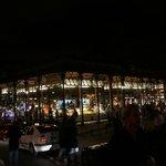 Mercado de san miguel por la noche
