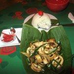 Pedi a lula com arroz de jasmim. Delicioso!