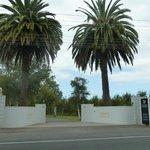 entrance to Petit Mangapapa