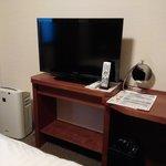 房間有LCD電視和空氣清新機