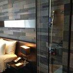Kamar tidur bisa terlihat dari kamar mandi!