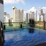 Kolam renang dengan pemandangan super keren!
