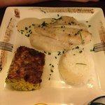 Filet de St Pierre : correct mais poisson un peu sec et accompagnements trop basiques
