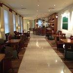 Bar/ lobby area