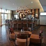 Hotel bar (official website photo)