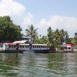 Allapuza ferry at Kainakary