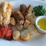 Shellfish combo dinner