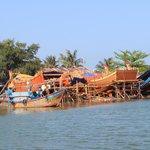 River tour - boat building