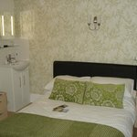 Room 4 - Double en-suite