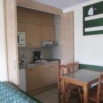 Vista cocina y salón