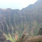 Nu'alolo lookout- AwaAwaphui Valley