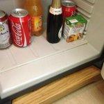 frigobar sporco camera 407