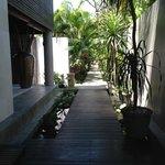 walk to villa