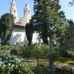 The cemetary: an oasis of calm in the city