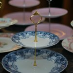 Tudors cake stand collection