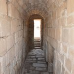 Entrada de acceso al tunel, del Aljibe Romano.