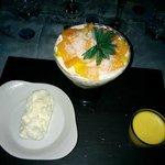 desserts Tutti Fruti et tiramisu