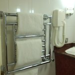 towel warmer accommodated 3 towels