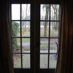 Окно в гостиной