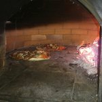 Nuestras pizzas en el horno ummnmmmmmmm!!!!!!'!!