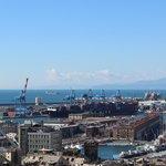 Vista sul porto e porto antico