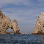 арка с нетуристической стороны