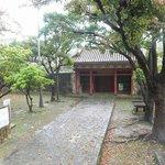 円覚寺跡の門