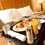 Valdosta, GA Room Service Right On Time