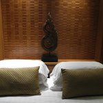 lovely decorative bed posts in the Ayuthaya room to give a traditional thai feel