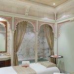 Jiva Spa - Couple Massage Room