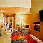 Queen Loft Suite