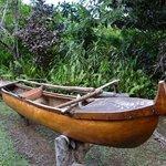 Ein Vaka aus Mangobaumholz...
