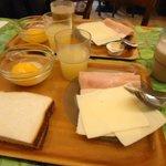 Desayuno... hay que pagar aparte de la hab
